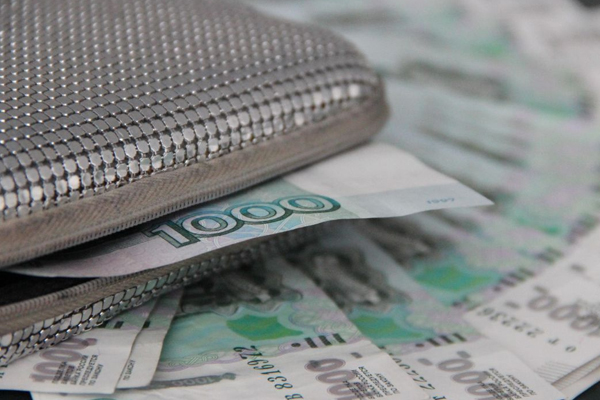 Тоболячка отделалась условкой захищение денежных средств уприемных детей