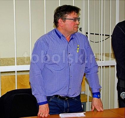 ВТобольске руководитель УКрасплатился за Инфинити «коммунальными» деньгами