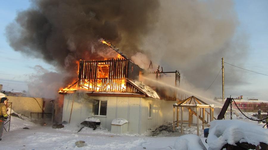 Дом сгорел из-за неправильного применения печкой вТобольске