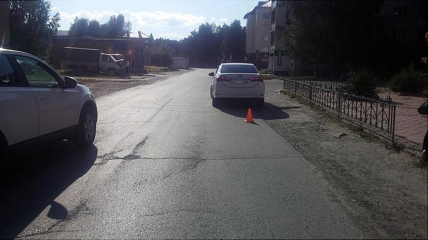 ВТобольске под колеса иномарки бросился 4-летний ребенок